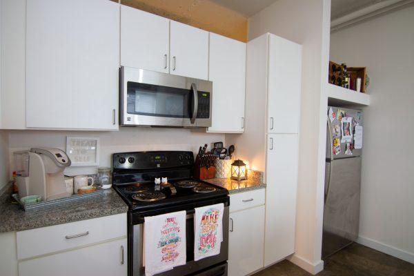 VanVleet furnished apartment -18